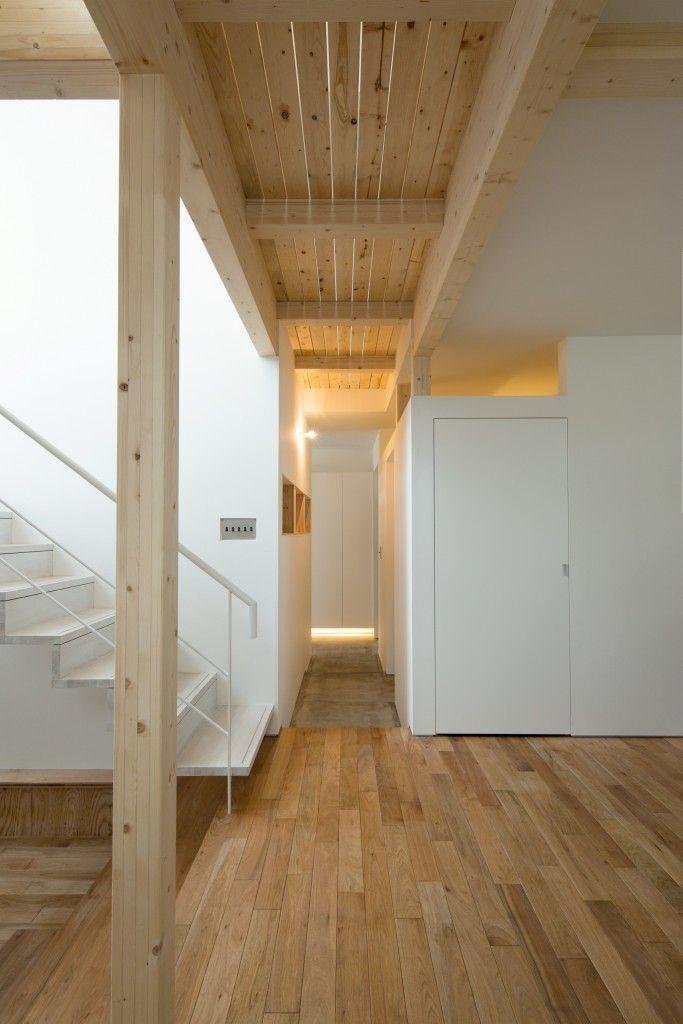 白箱の家 / 2016